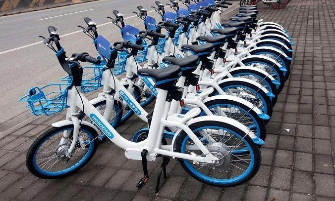 昆明共享单车投放已超过42万辆 政府管理成难题