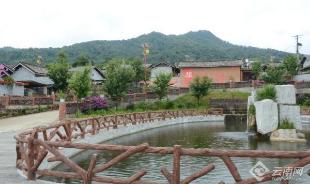 中缅边境傈僳小寨的美丽蜕变